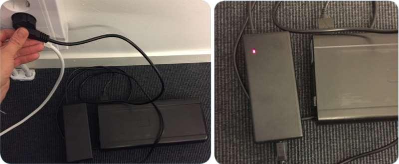 Bild på laddare och batteri
